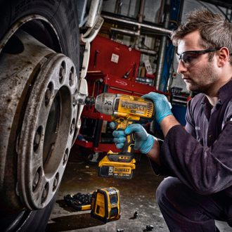 "Dewalt 1/2"" cordless impact wrench"