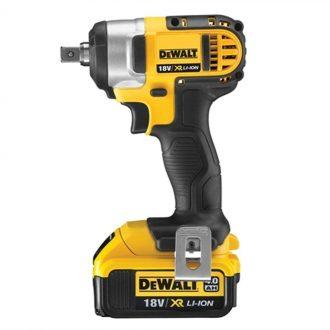 DCF880M2 dewalt impact wrench